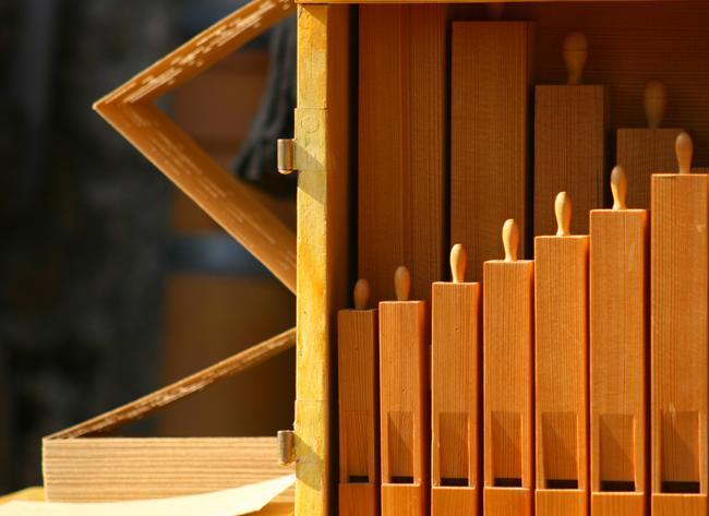 29 flûtes et une centaine de cartons