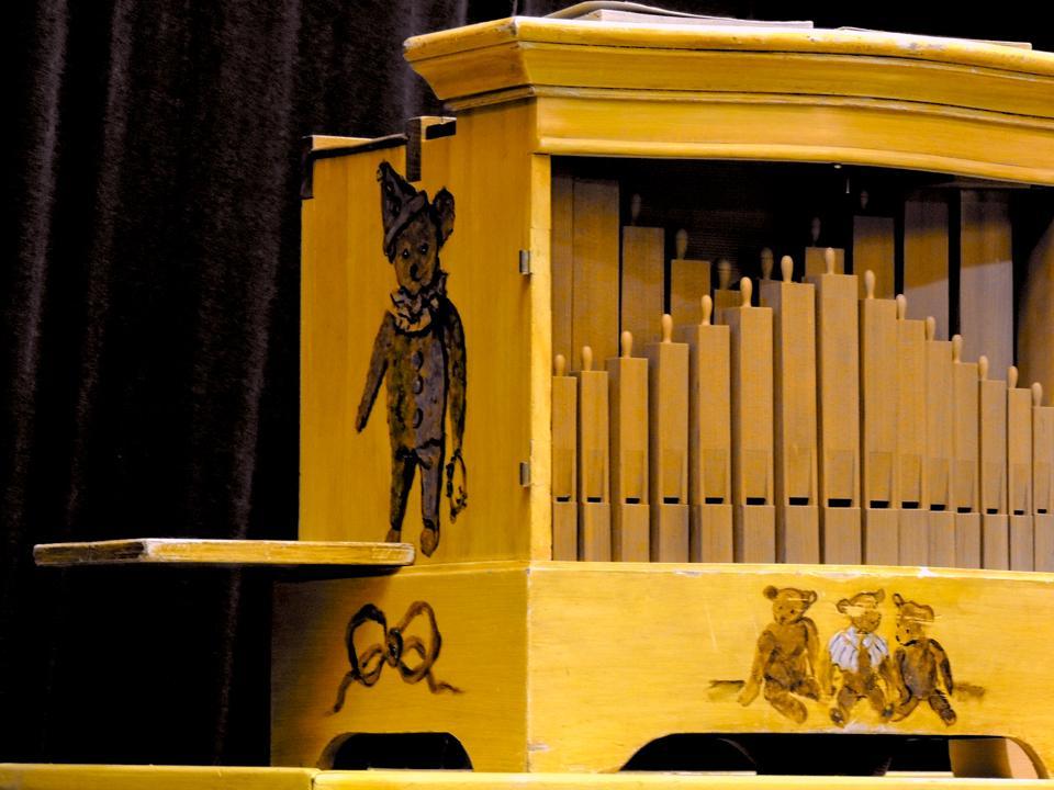 gros plan sur l'orgue de Barbarie