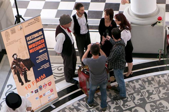 à Iaşi, avant l'ouverture officielle du festival