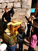 animation de fête de village à l'orgue de Barbarie